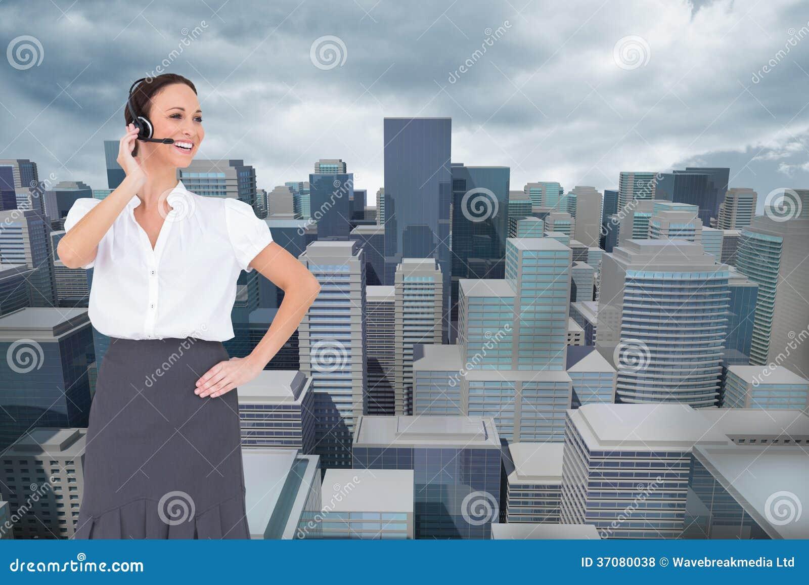 Download Rozochocony Mądrze Centrum Telefoniczne Agenta Działanie Zdjęcie Stock - Obraz złożonej z skyscraper, chmury: 37080038