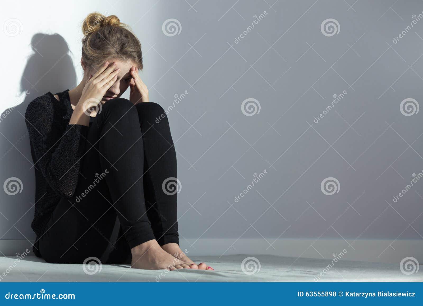 Rozpacz kobieta z ciężar fobią
