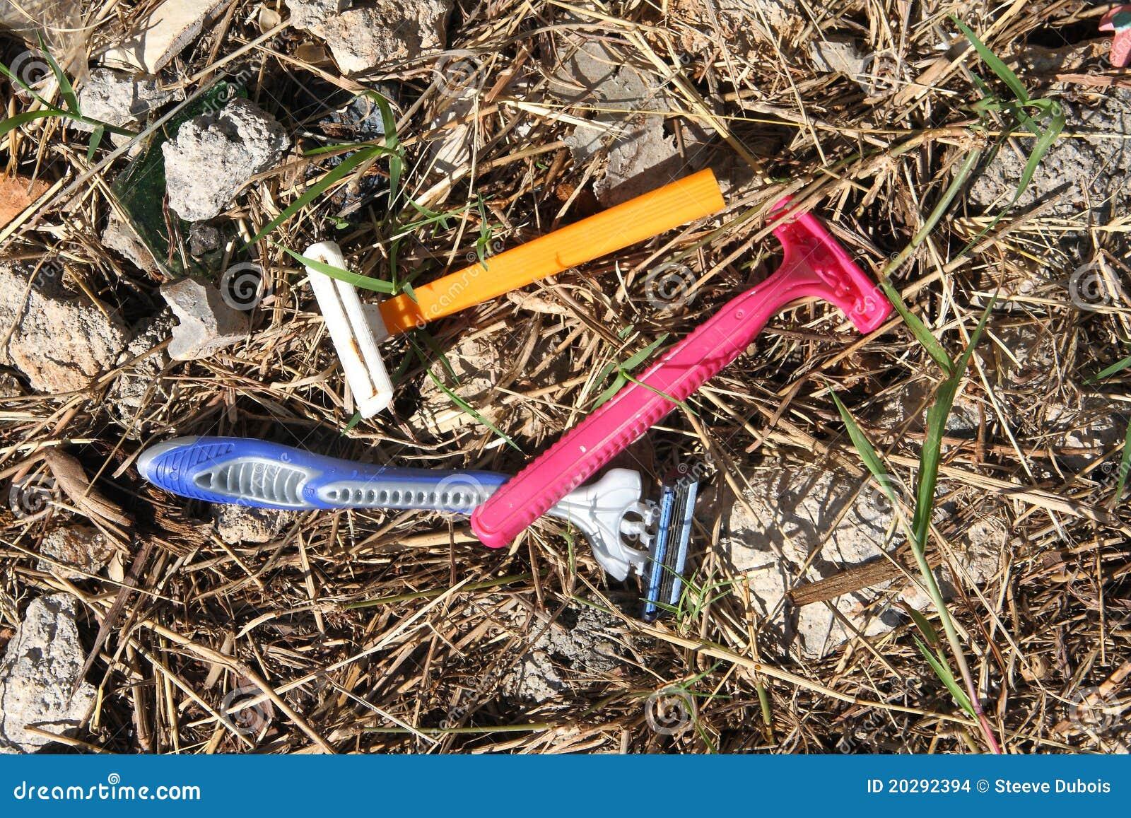 Rozporządzalne plastikowe żyletki