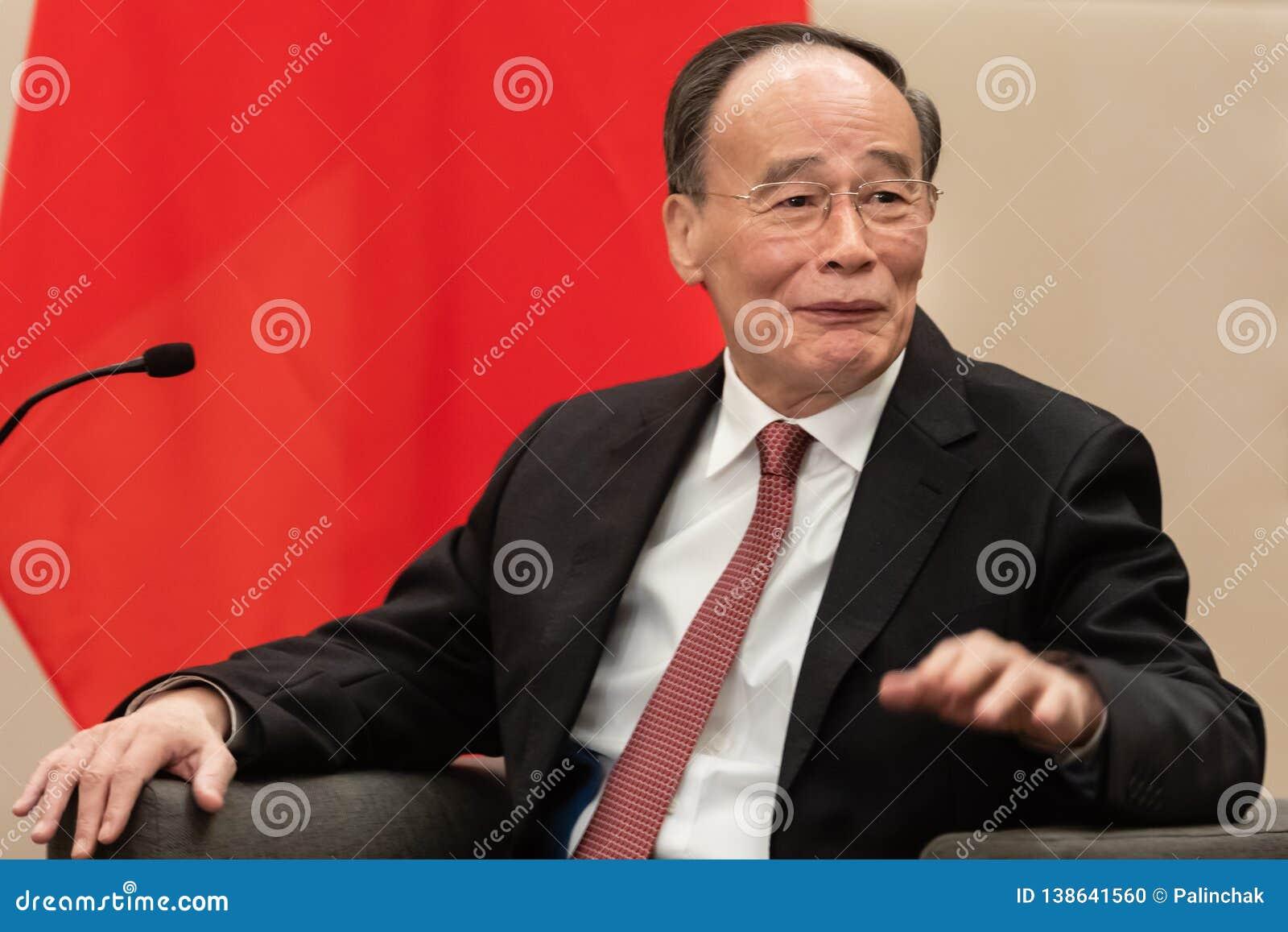 Rozpusta - prezydent republika Porcelanowy Wang Qishan