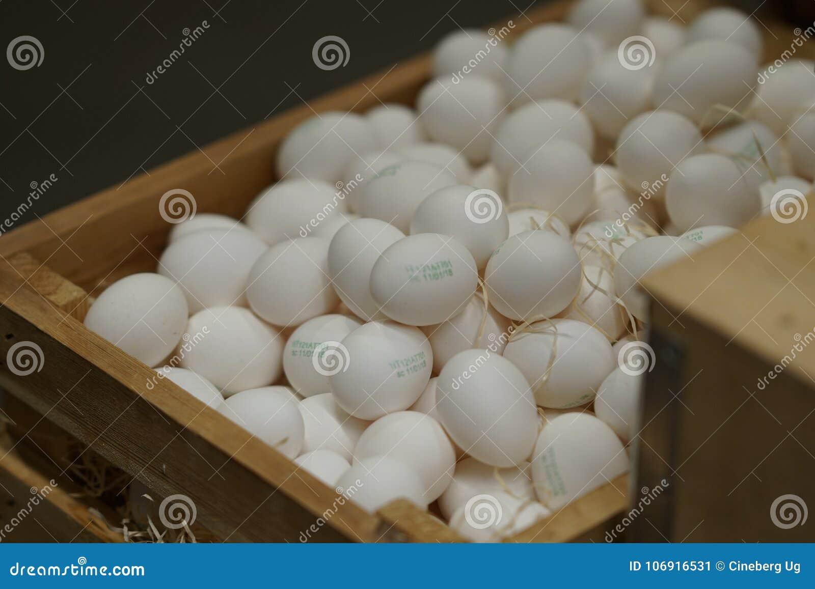 Rozsypisko biali jajka