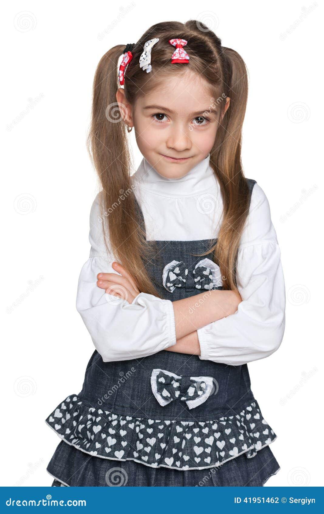 Rozważna ładna mała dziewczynka