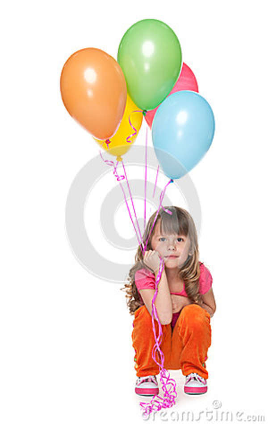 Rozważna mała dziewczynka z balonami
