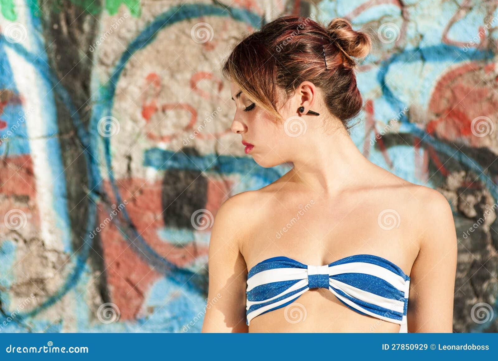 Rozważny kobieta portret