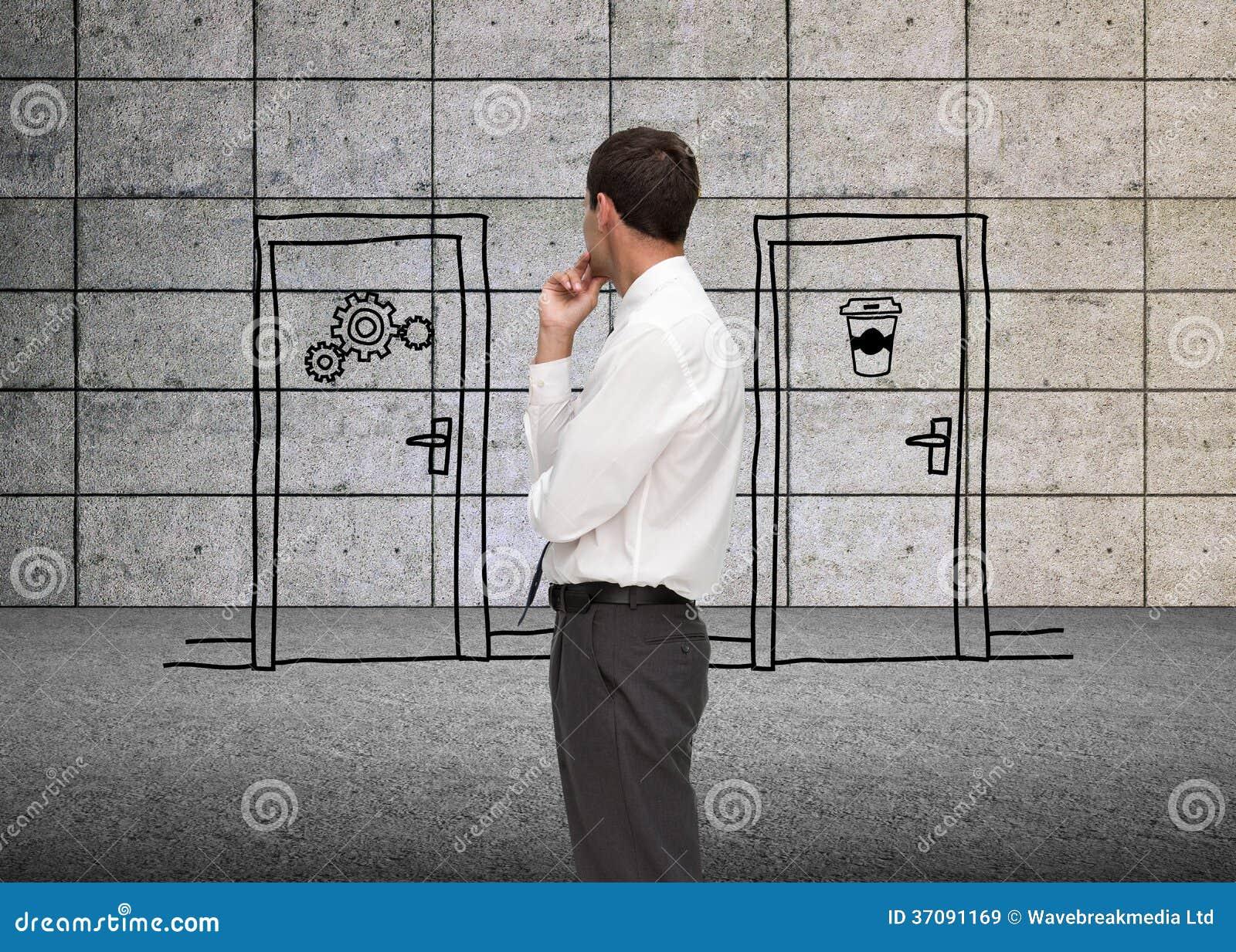 Download Rozważny Z Klasą Biznesmen Patrzeje Daleko Od Obraz Stock - Obraz złożonej z biznes, ubierający: 37091169