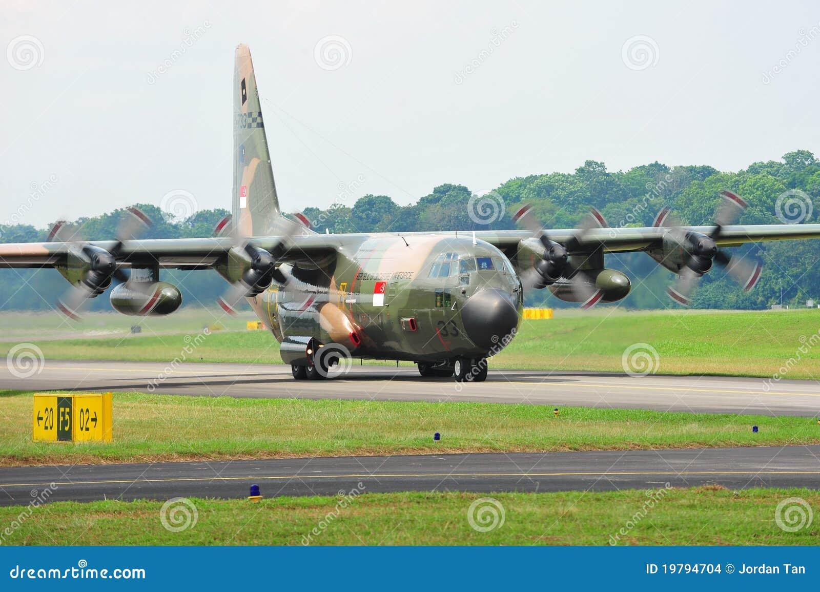 RSAF C-130 Military Transport Plane Taking Off Editorial ...