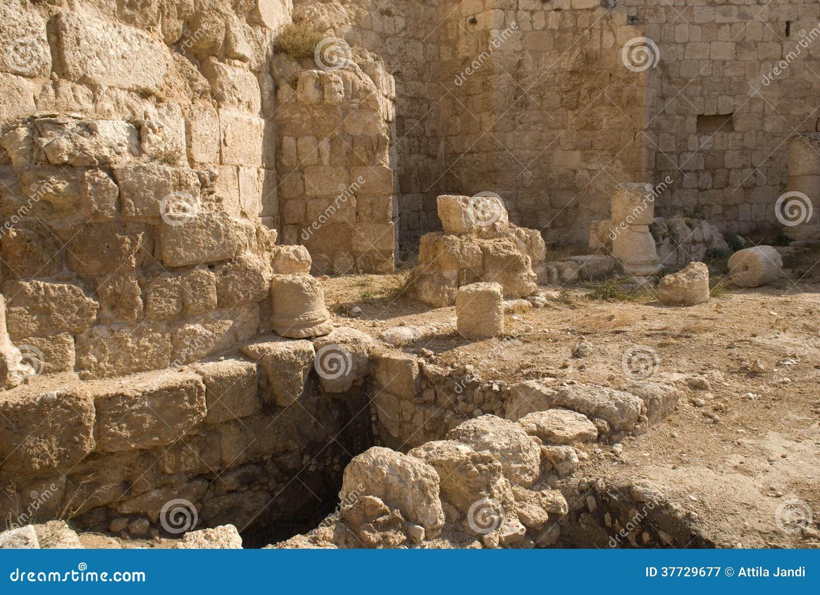 Ruínas da fortaleza de Herod, o grande, Herodium, Palestina