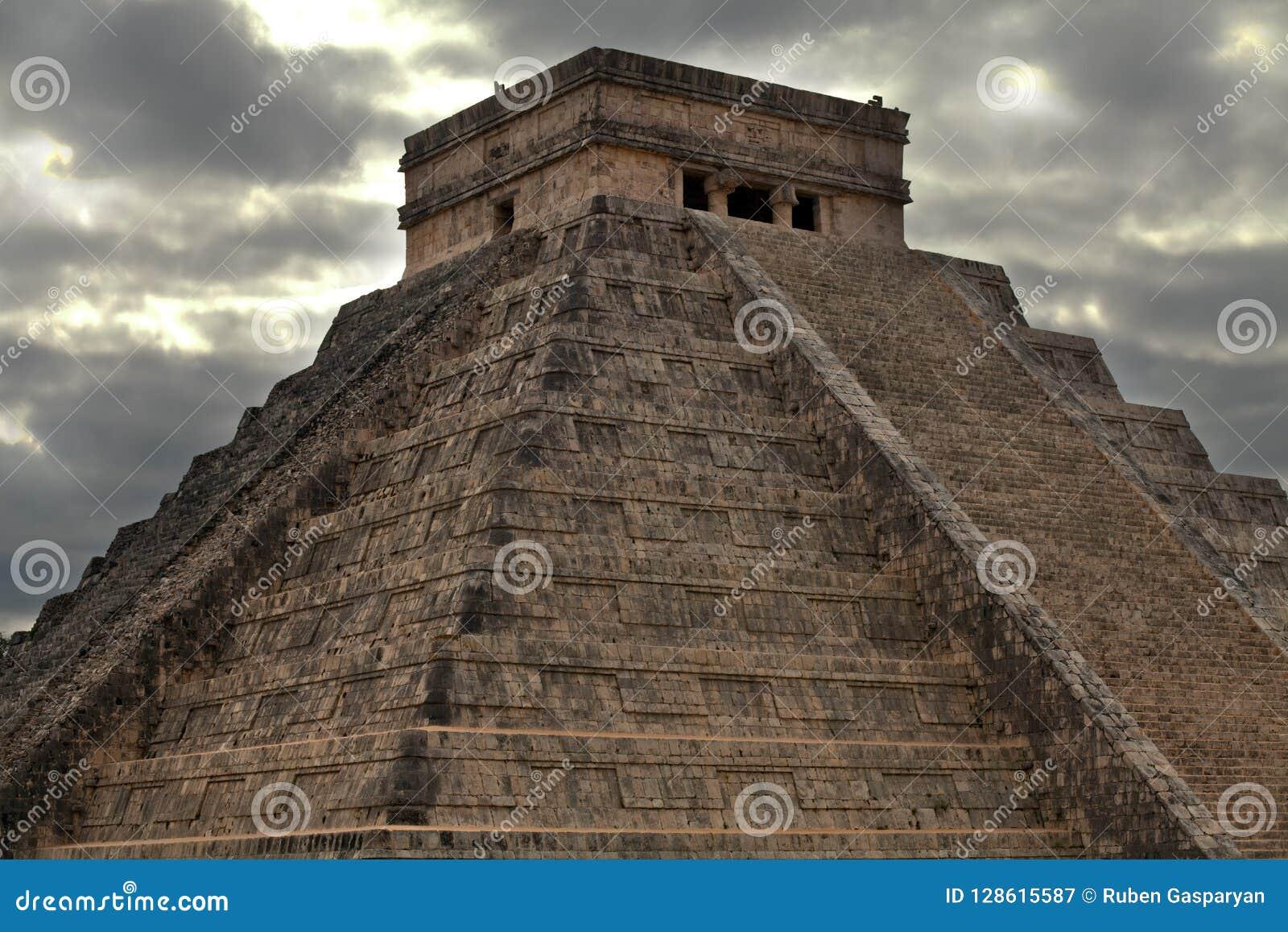 Ruínas de cidades antigas do maya
