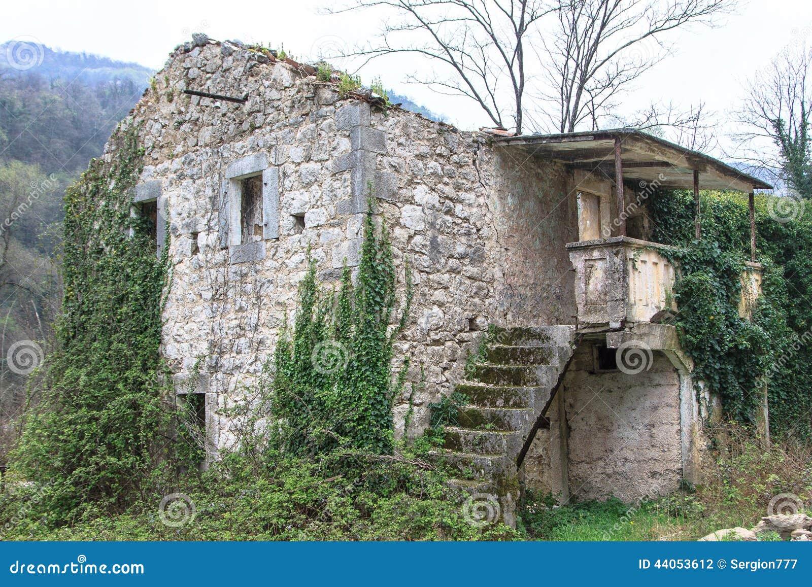 Ruínas de construções velhas