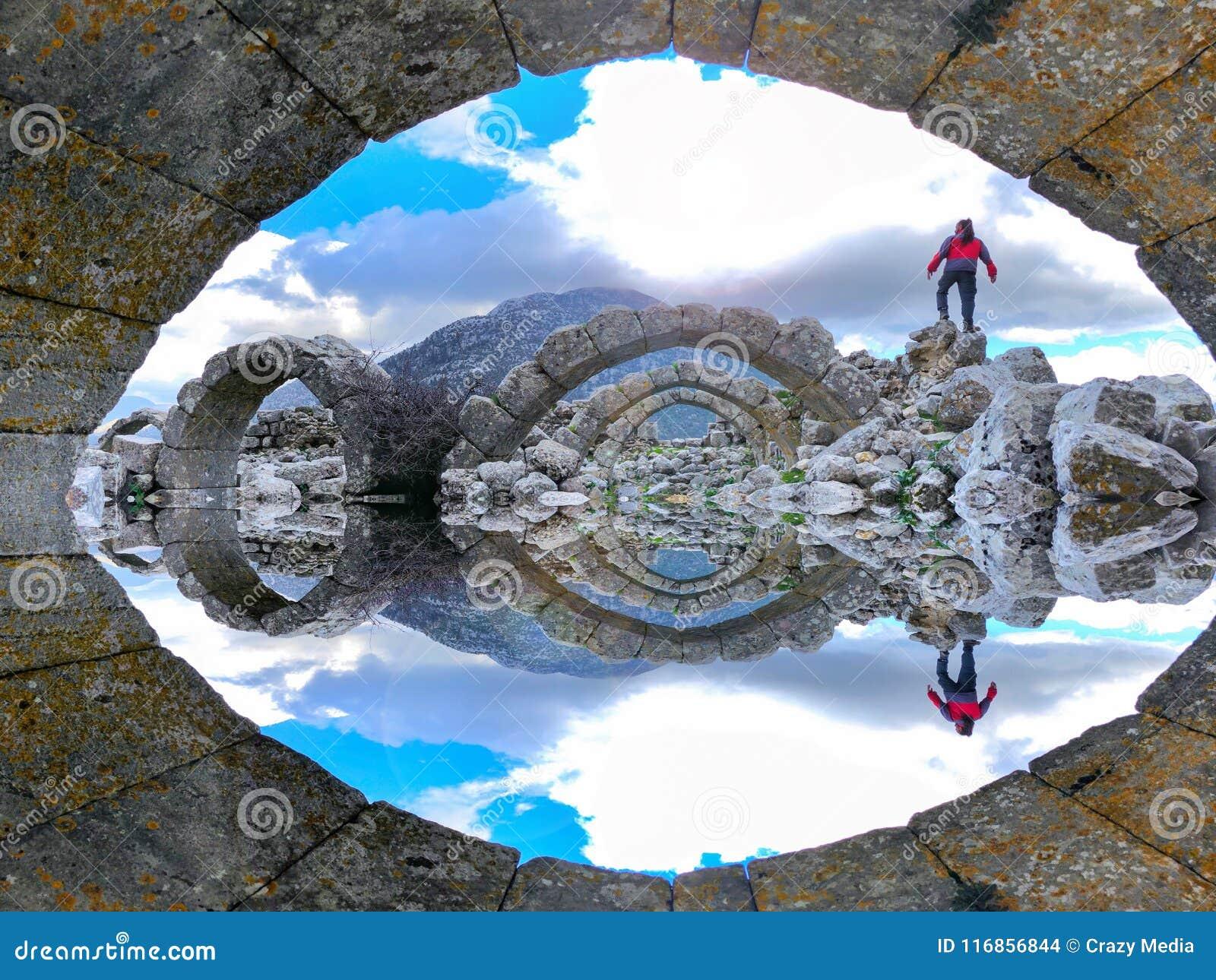 Ruïnes en wrakken van historische monumenten