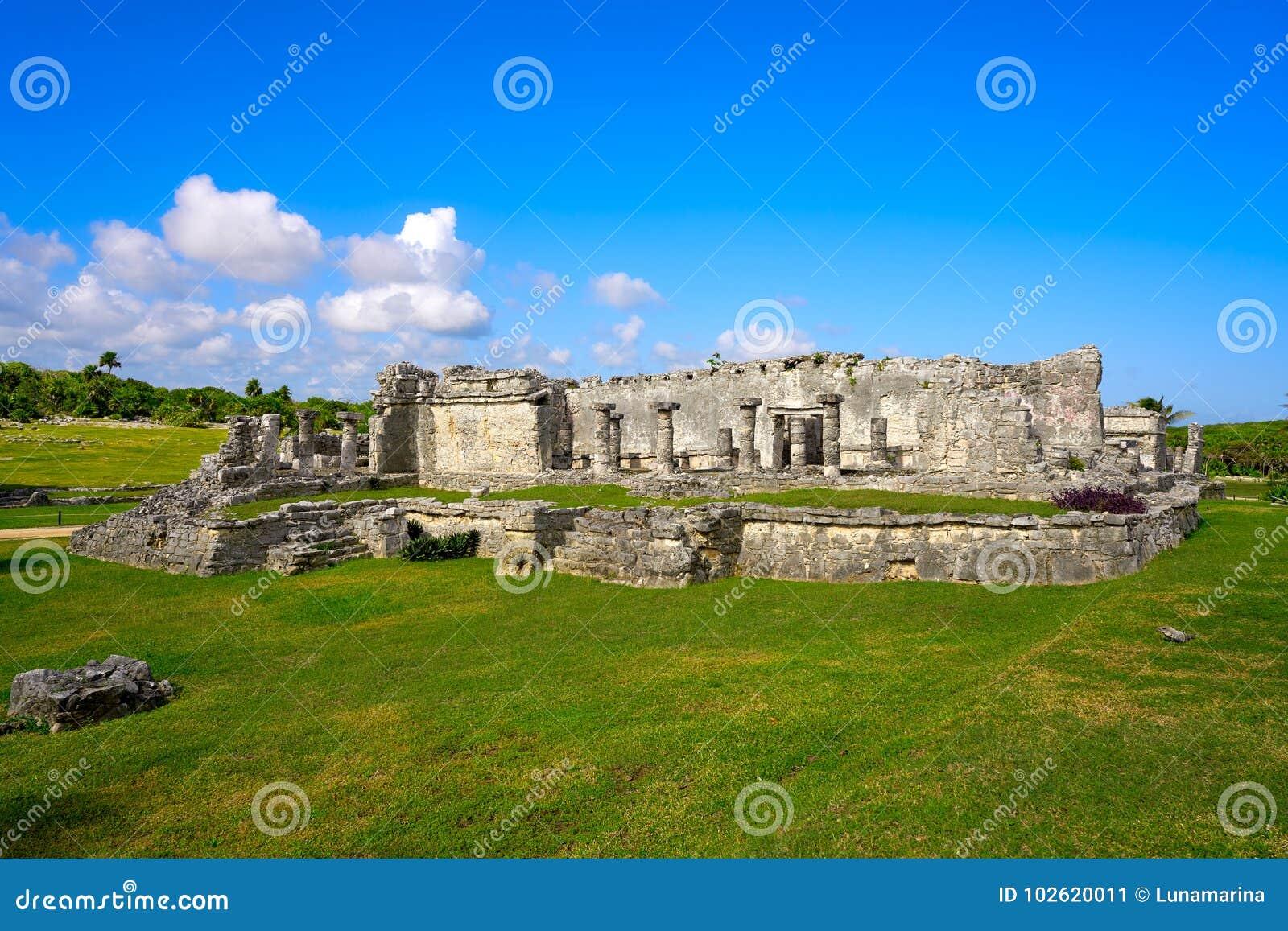 Ruïnes van de Tulum Mayan stad in Riviera Maya