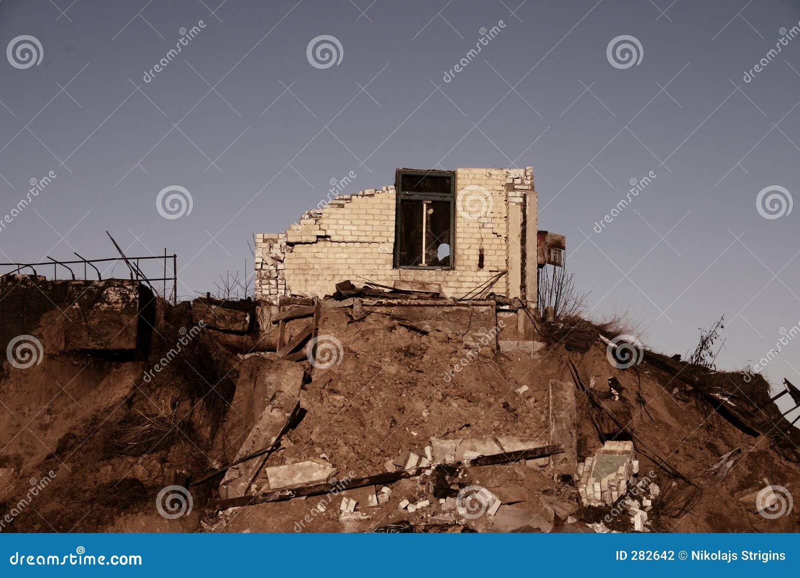 Ruïnes van huis