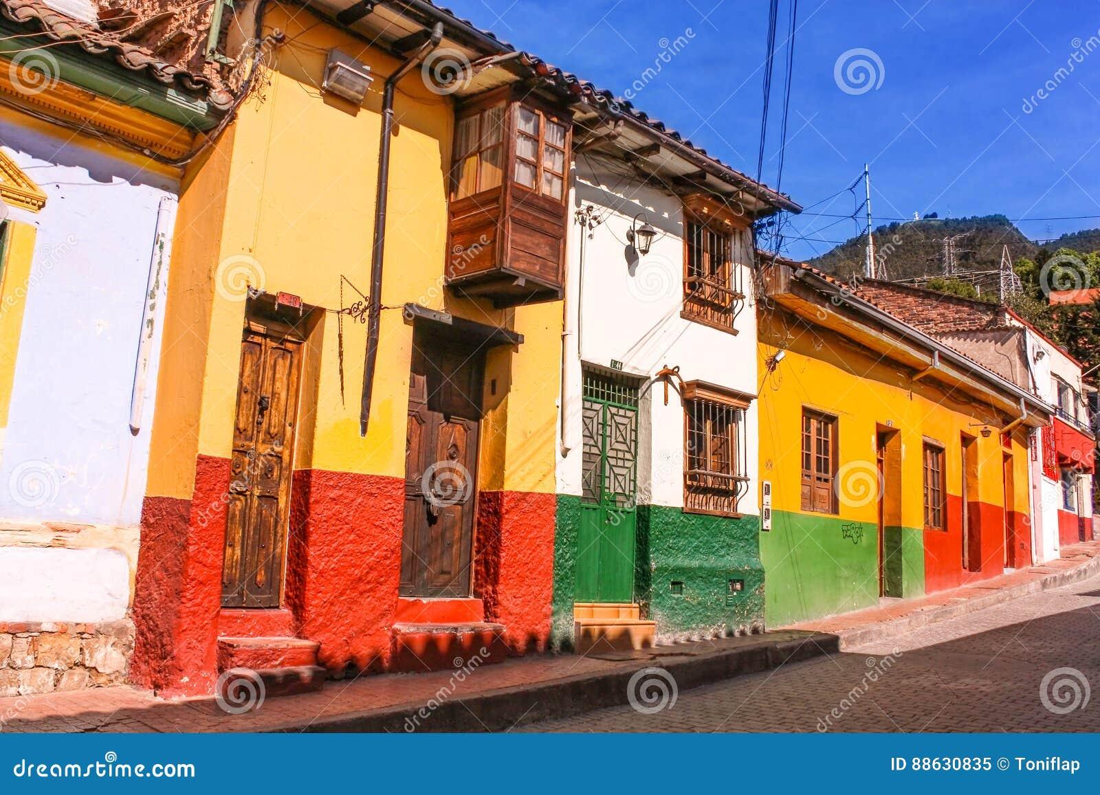 Rua colonial ¡ de BogotÃ, Colômbia