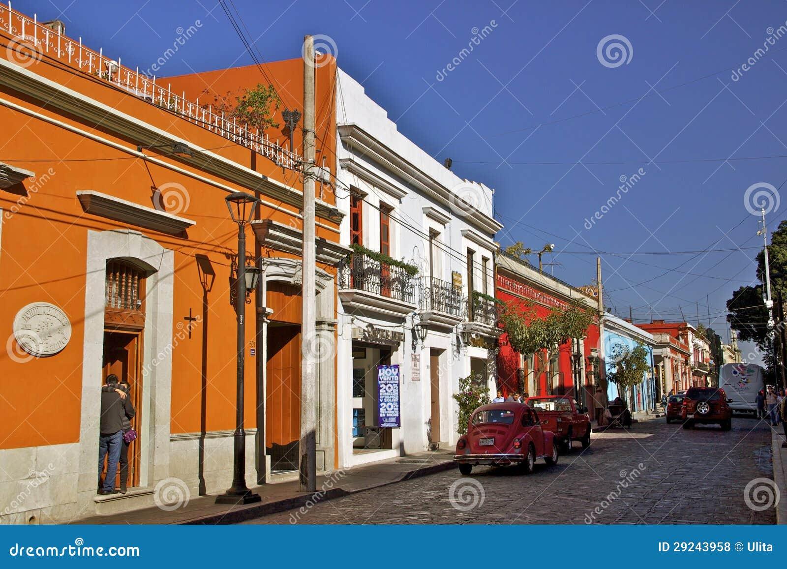Download Rua Colonial, Oaxaca, México Foto de Stock Editorial - Imagem de céu, curso: 29243958