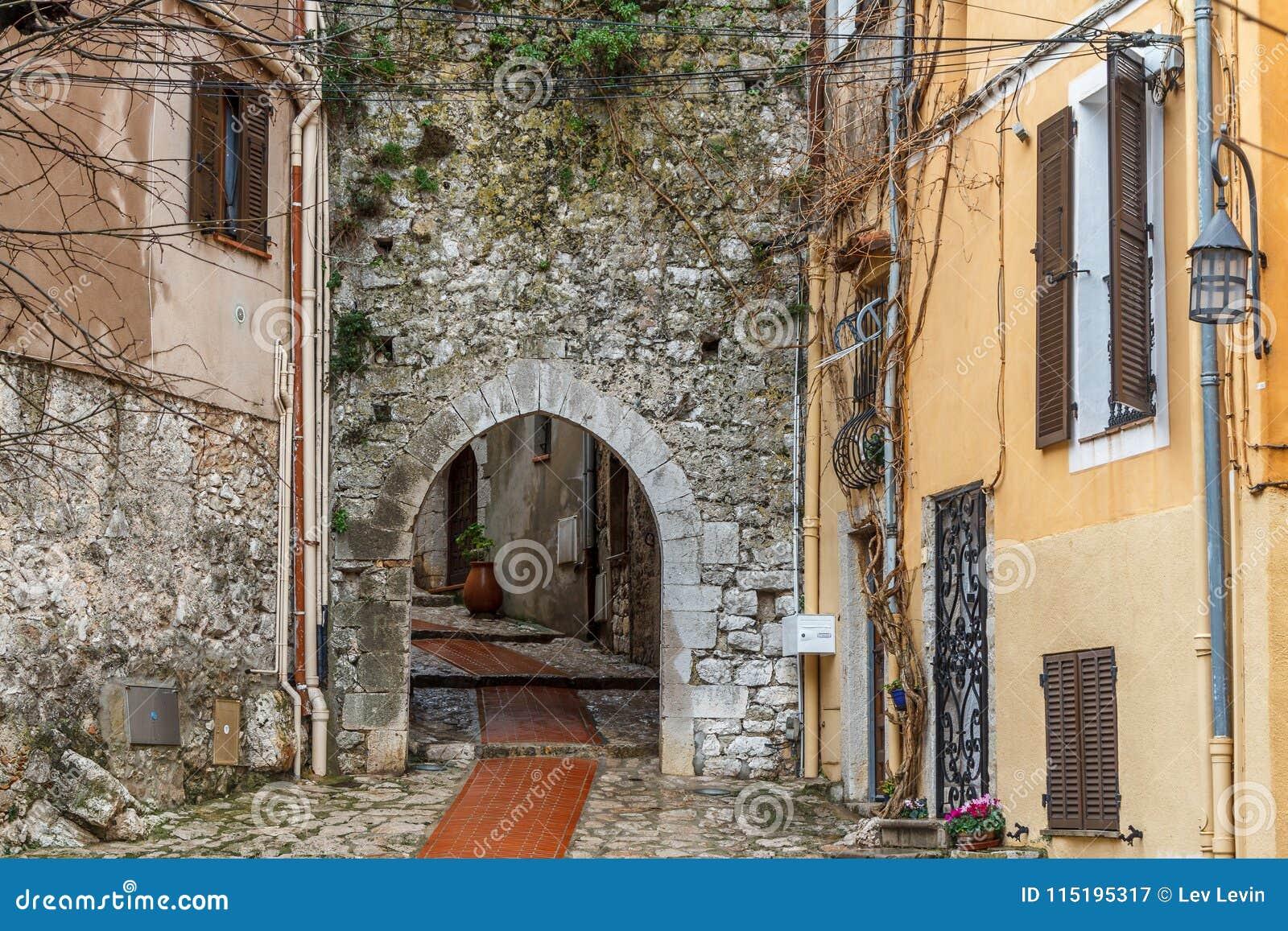 Rua da vila de Turbie do La, Provence