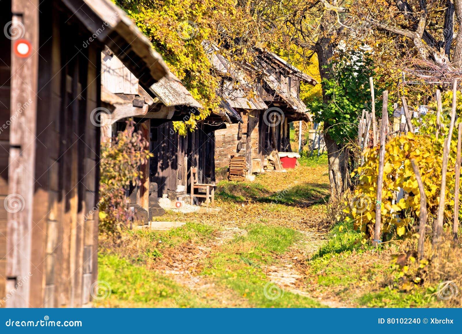 Rua de madeira histórica Ilica das casas de campo