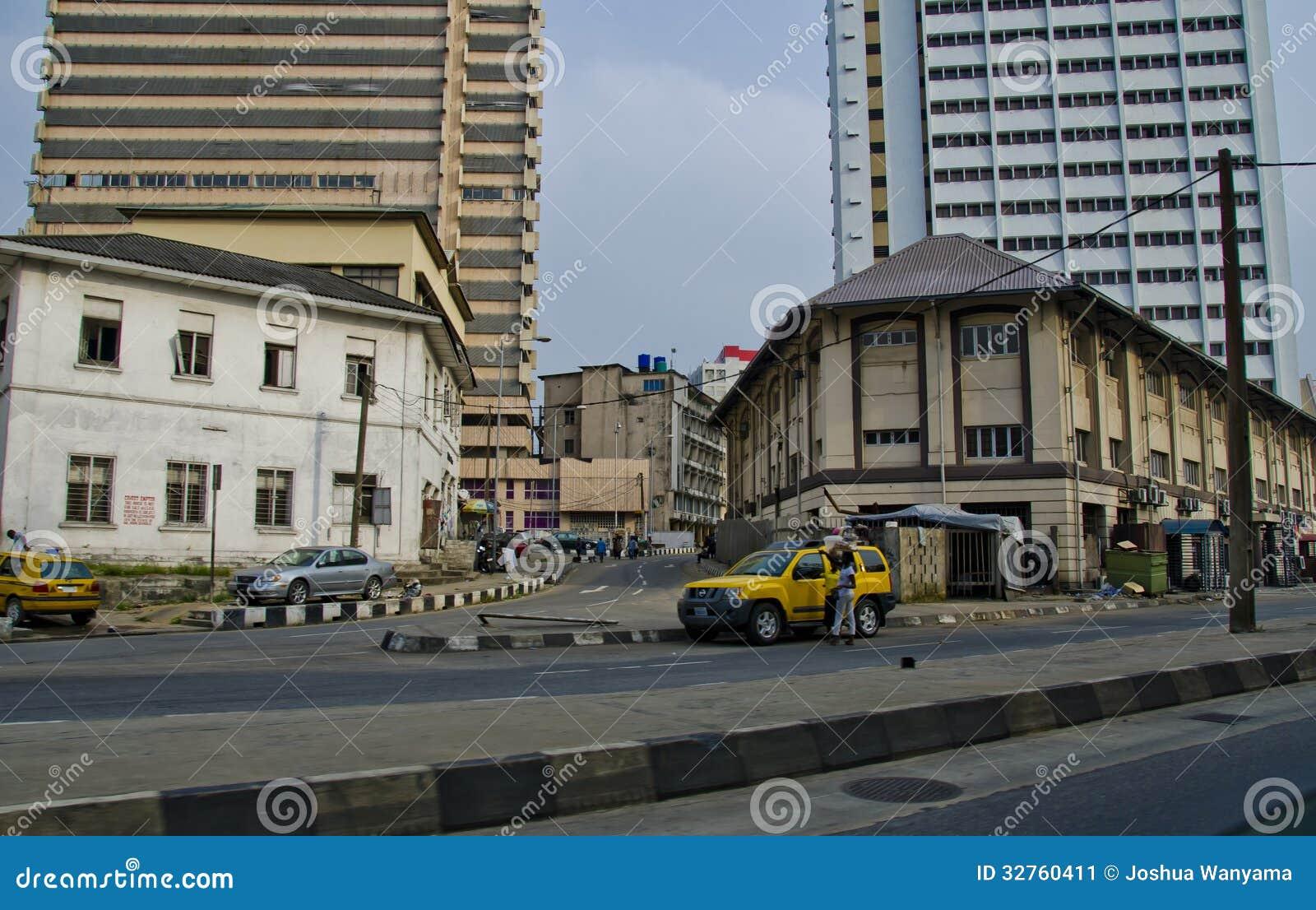 rua em lagos nigéria foto editorial imagem de edifícios 32760411