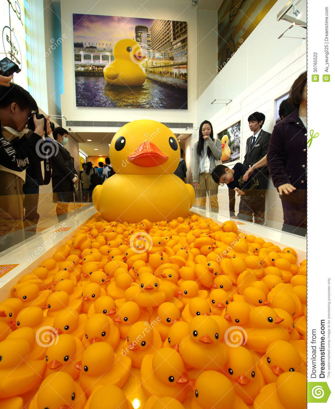 Rubber Duck Project In Hong Kong Editorial Photography