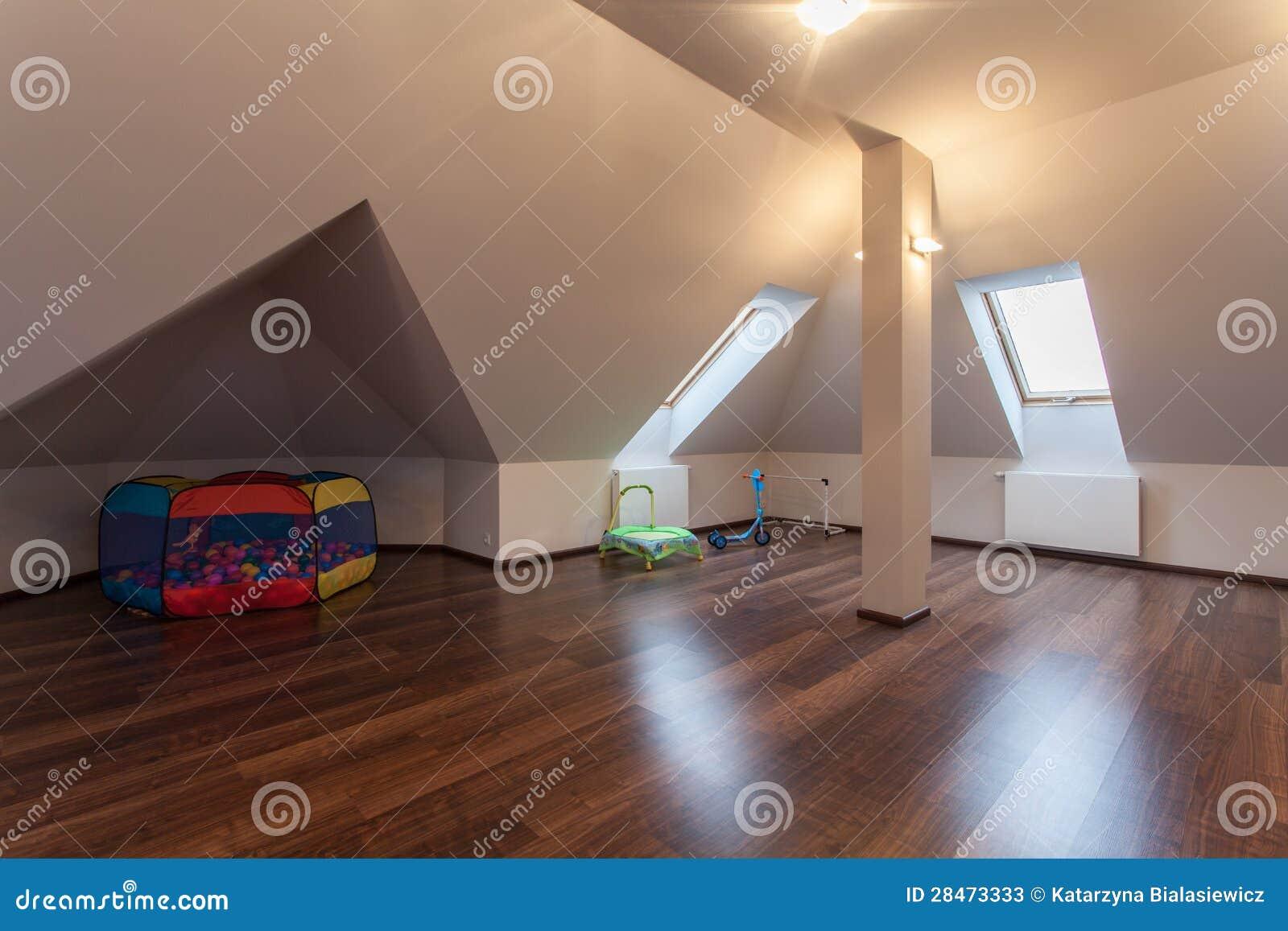 Rubyhus - loft med toys