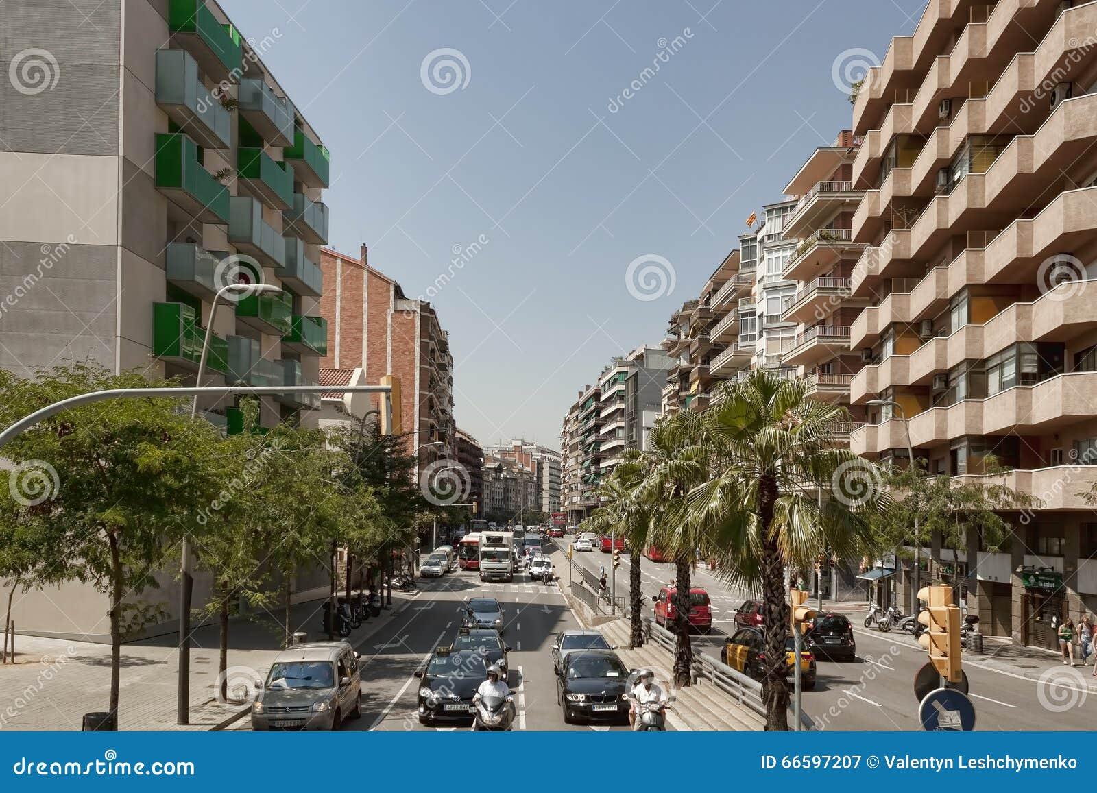 Ruch drogowy na ulicach Barcelona