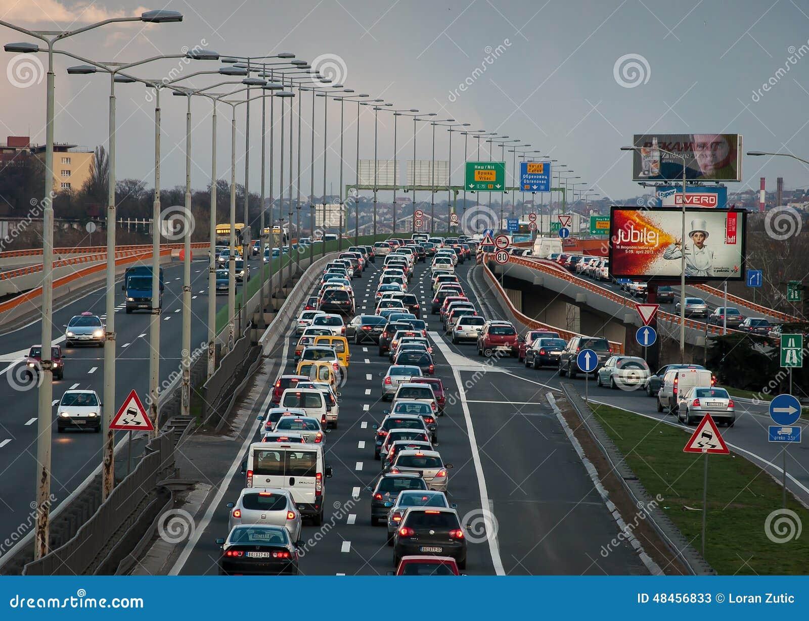 Ruchu drogowego dżem na moscie