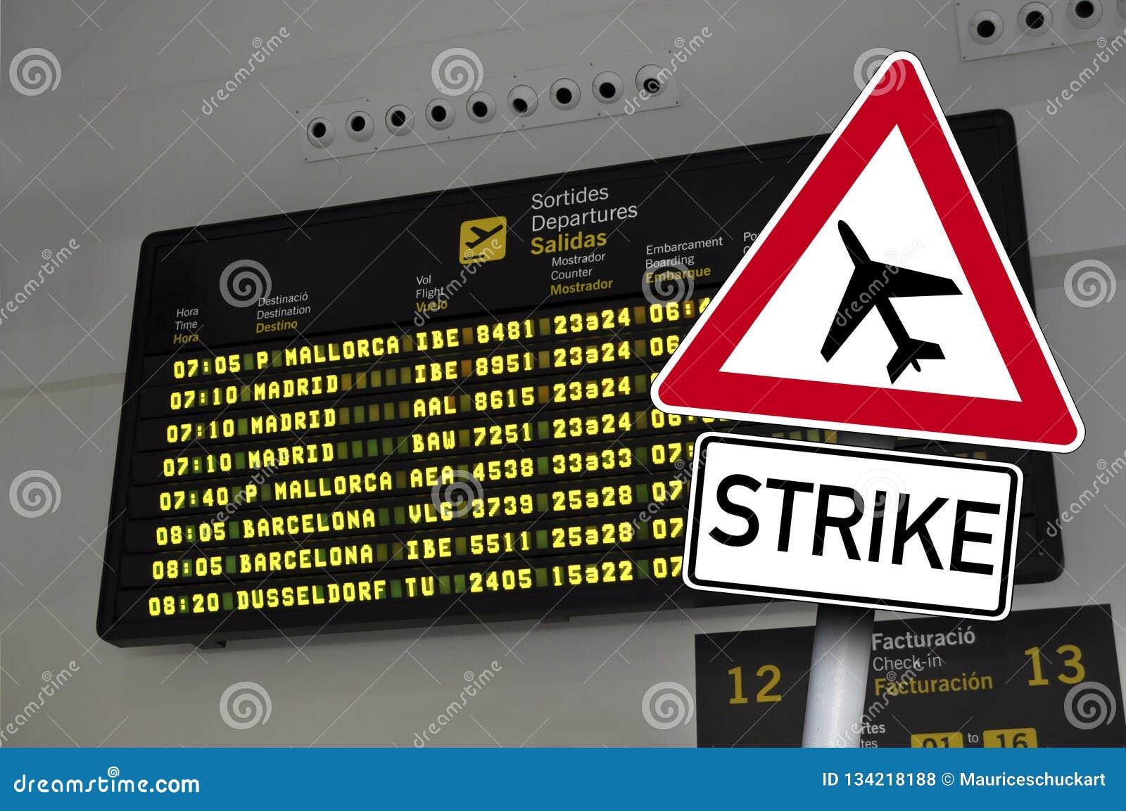 Ruchu drogowego znak z strajkiem przed lotniskowym pokazem