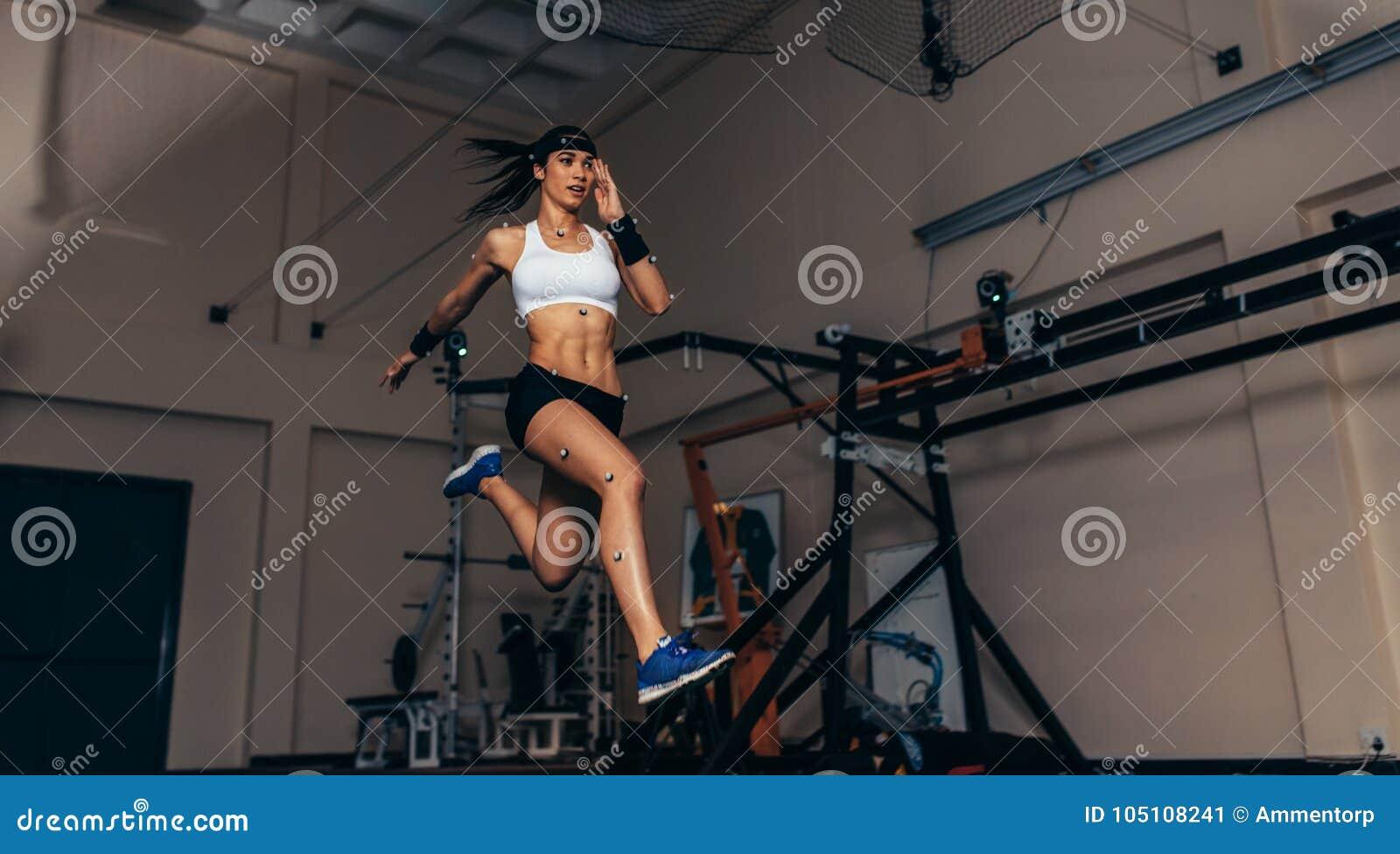 Ruchu i występu monitorowanie biegacz w biomechanical l