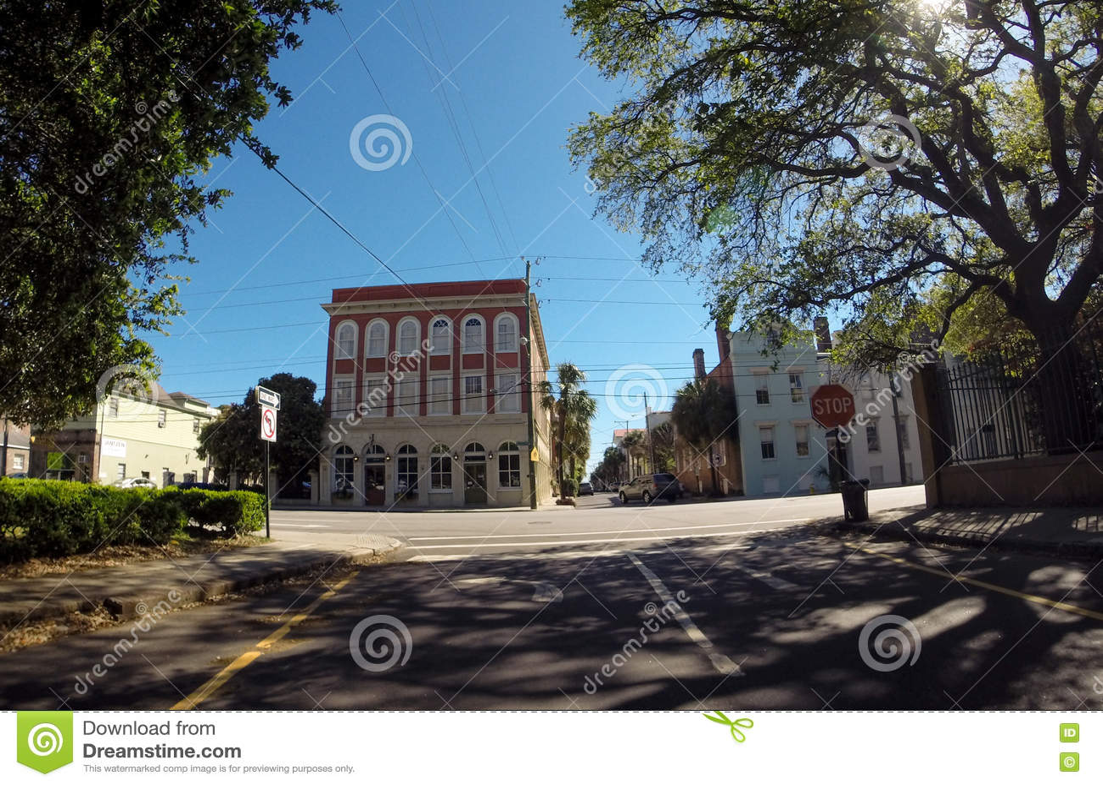 Rue historique de George St et de réunion, Charleston, Sc