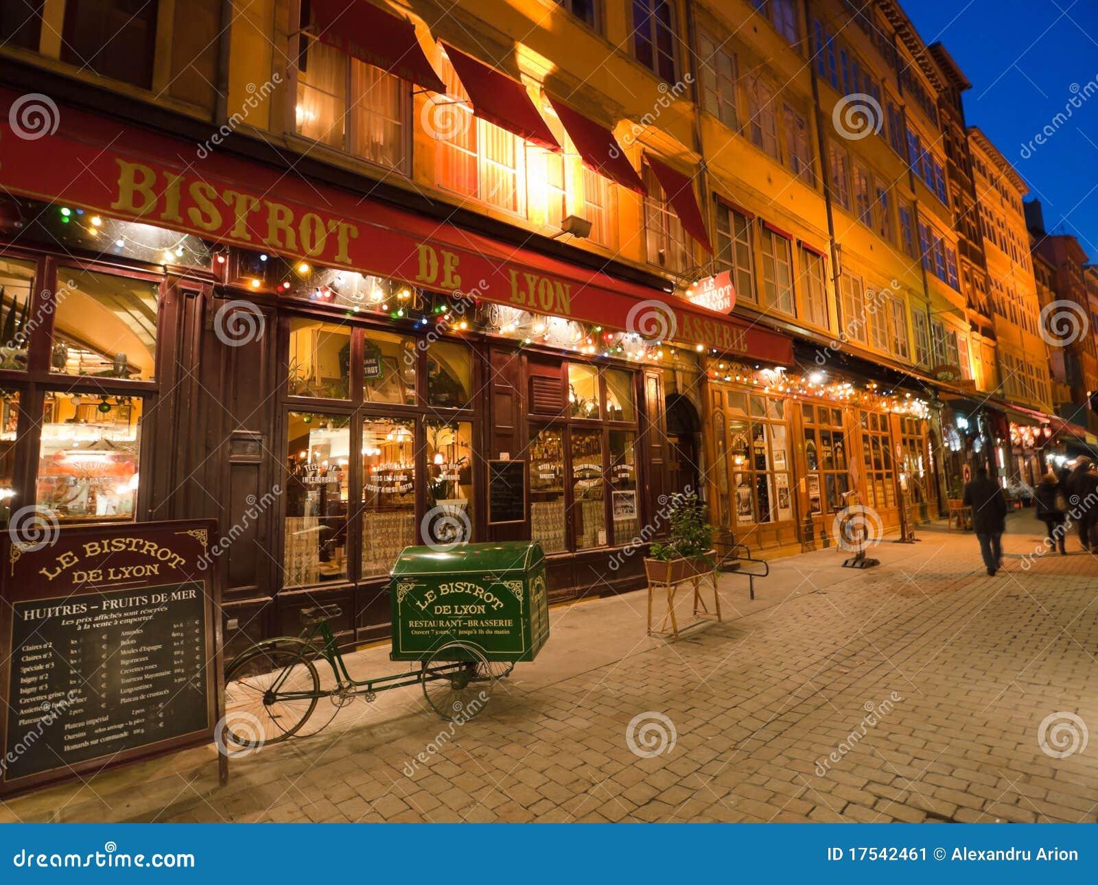 Caf Ef Bf Bd Romantique Lyon