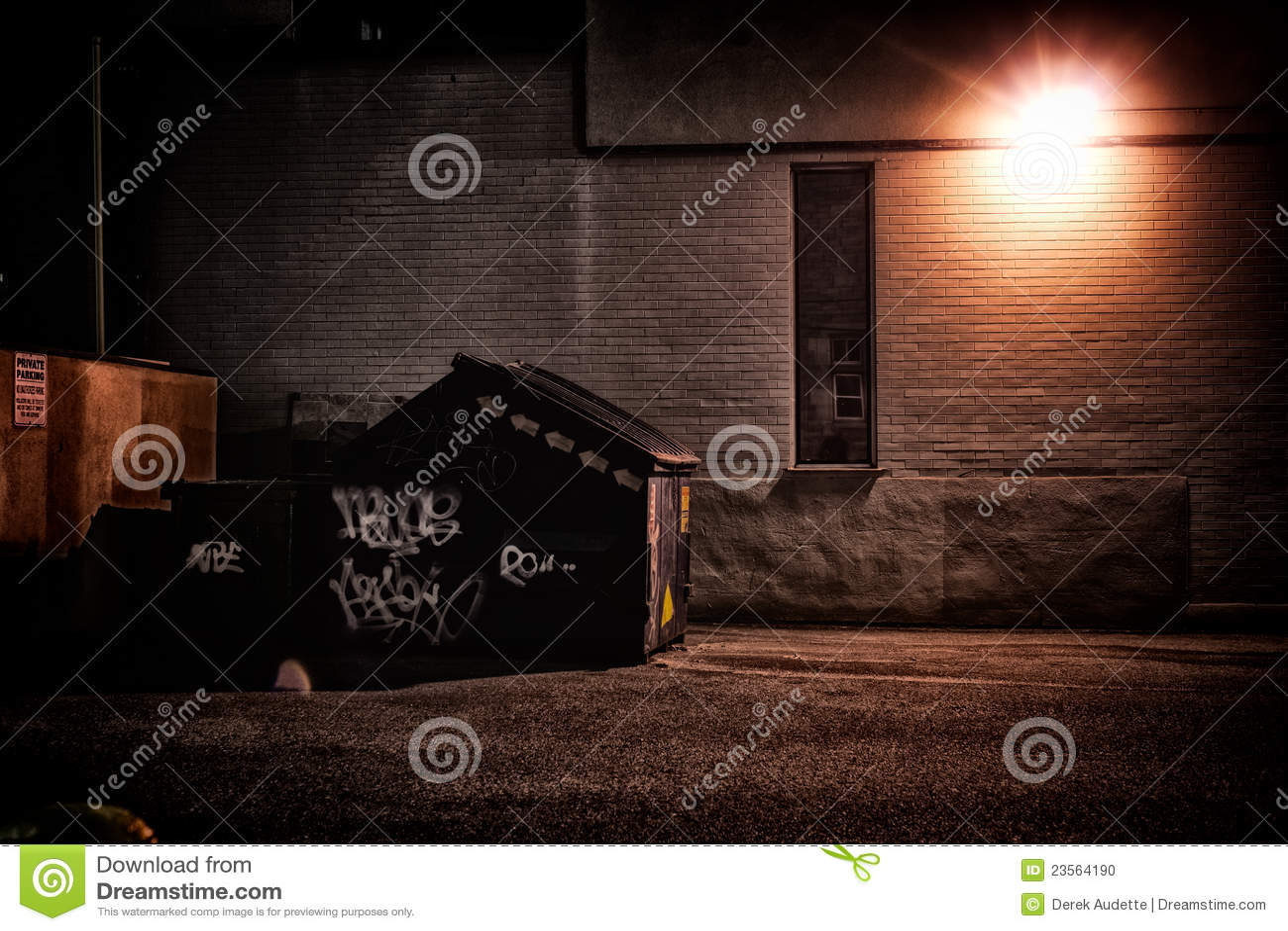 Ruelle urbaine la nuit