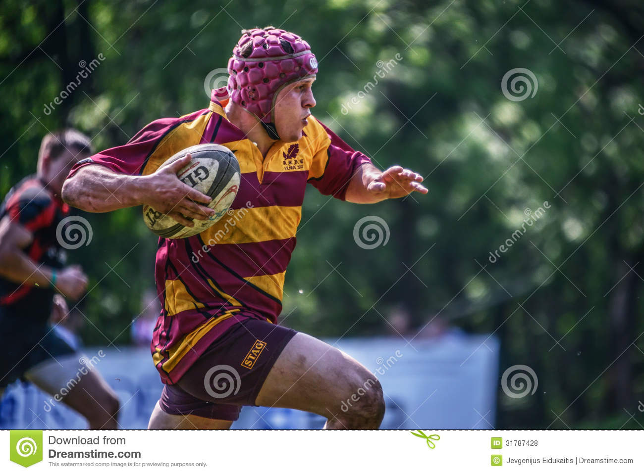 rugby player essay To determine the incidence of concussion in high school rugby players and compare the findings with the relevant published literature design and setting: prospective data collection in one us high school rugby program.