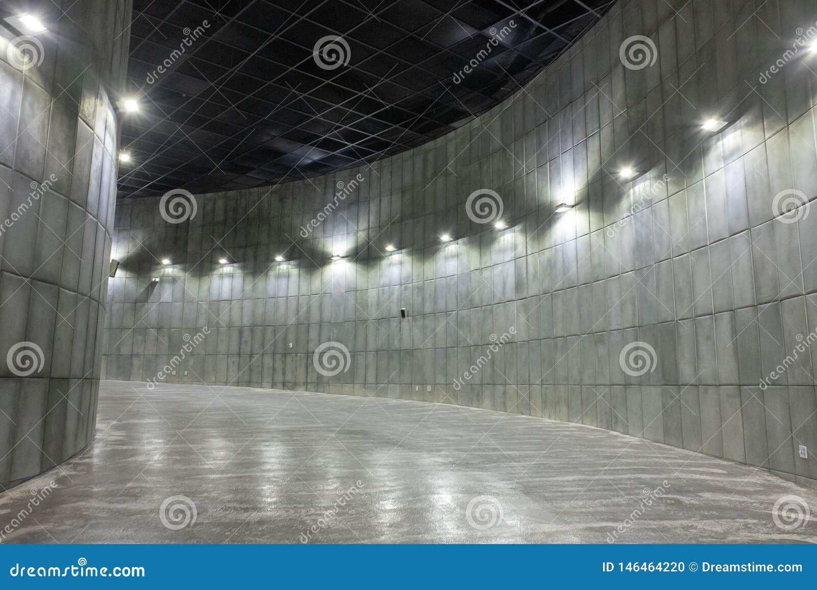 Ruimte binnen de bouw die uit krommen bestaan