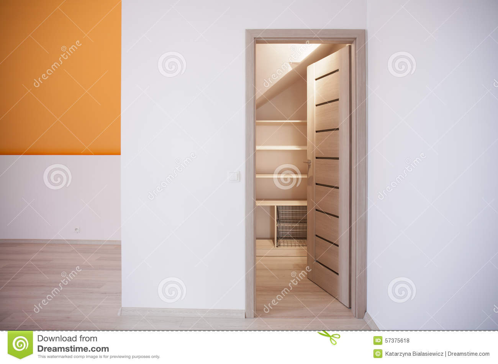Ruimte voor opslag in zolder