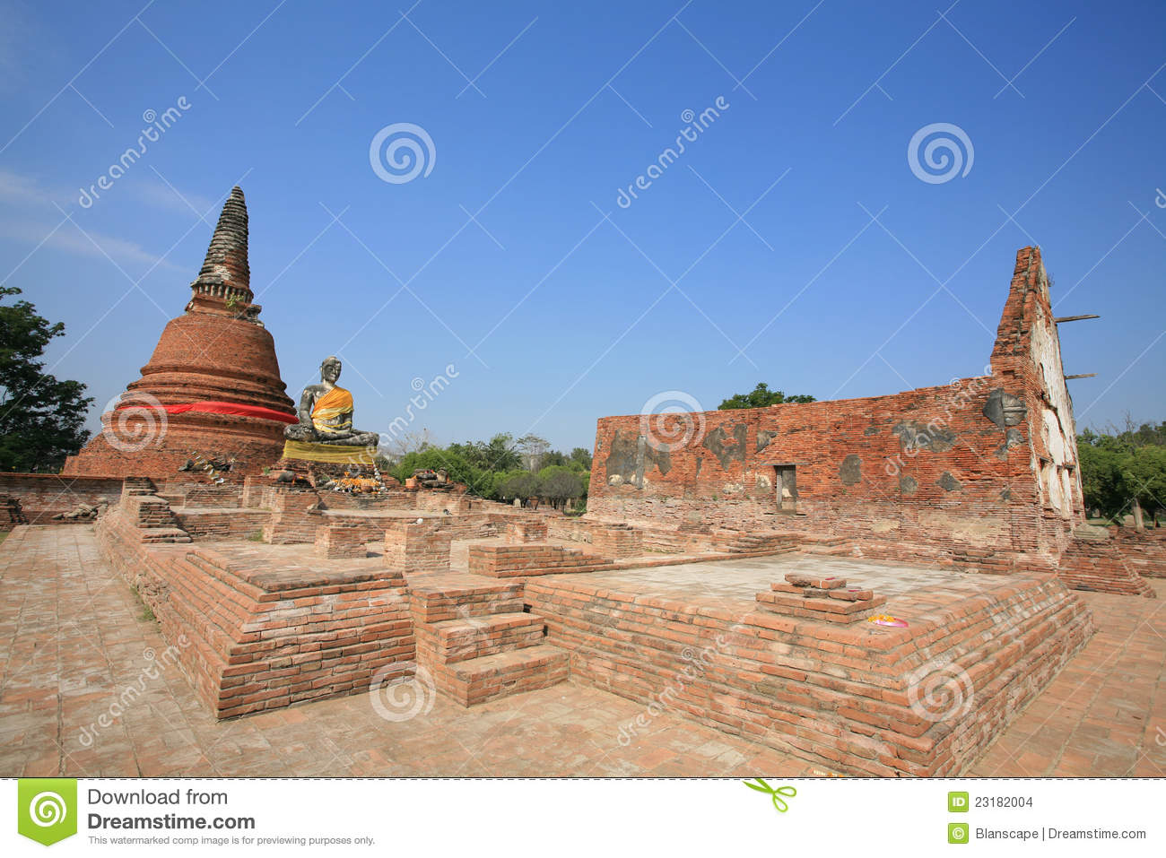 Ruin architecture landscape at wat worachet tharam stock for Wat architecture