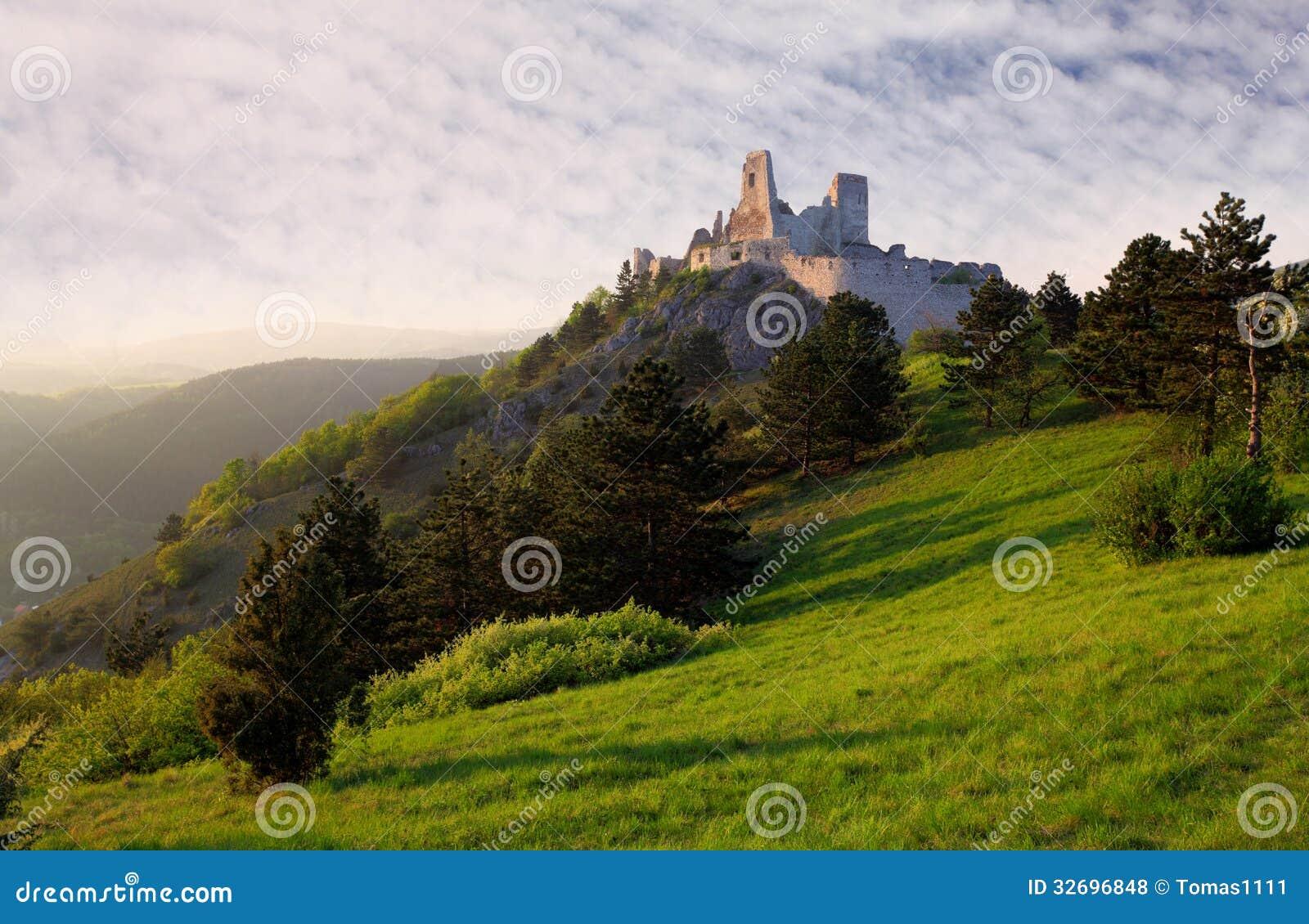Ruina del castillo Cachtice