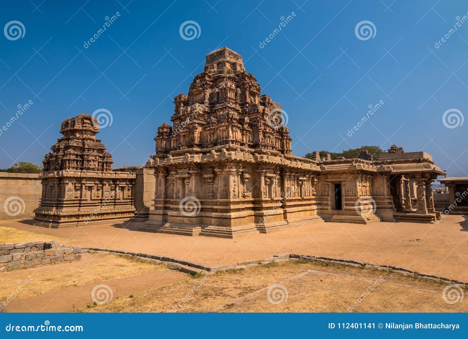 Ruinas antiguas del templo de Hampi
