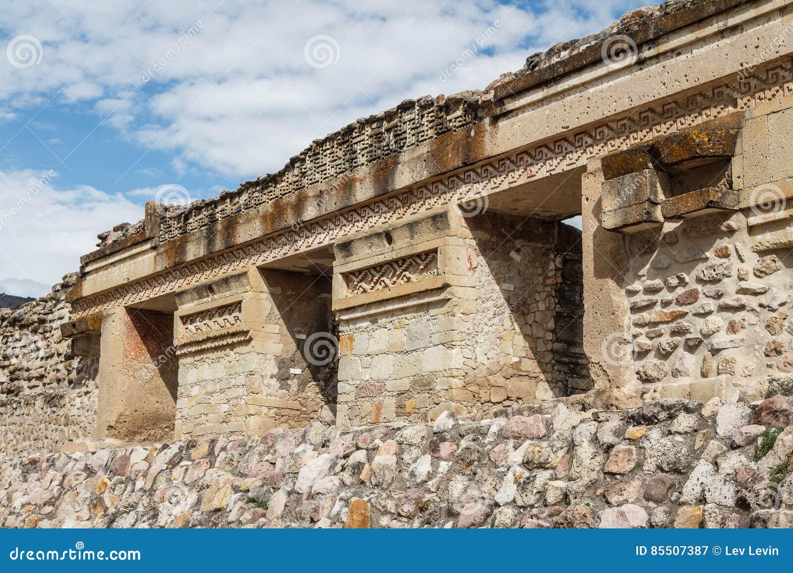 Ruinas de la ciudad Mitla de Zapotec de los pre-hispanos