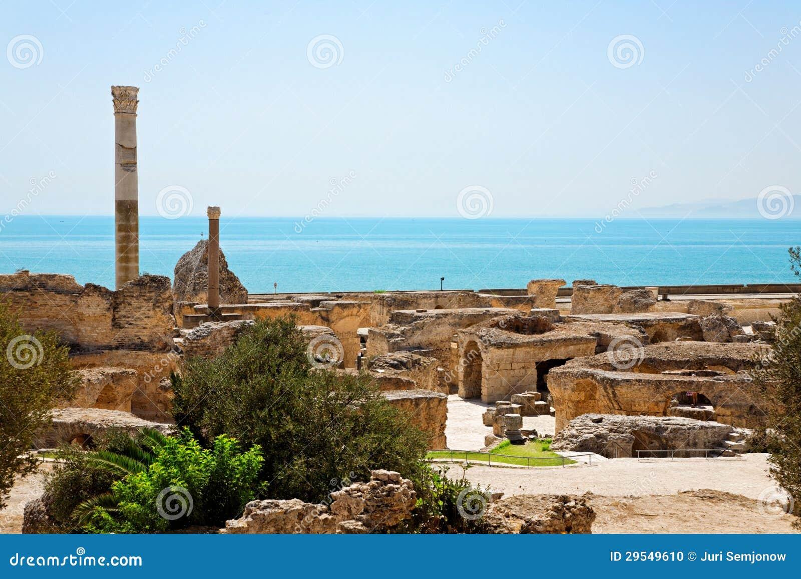 Ruinas de los ba os antiguos de antonine en cartago foto - Banos antiguos fotos ...