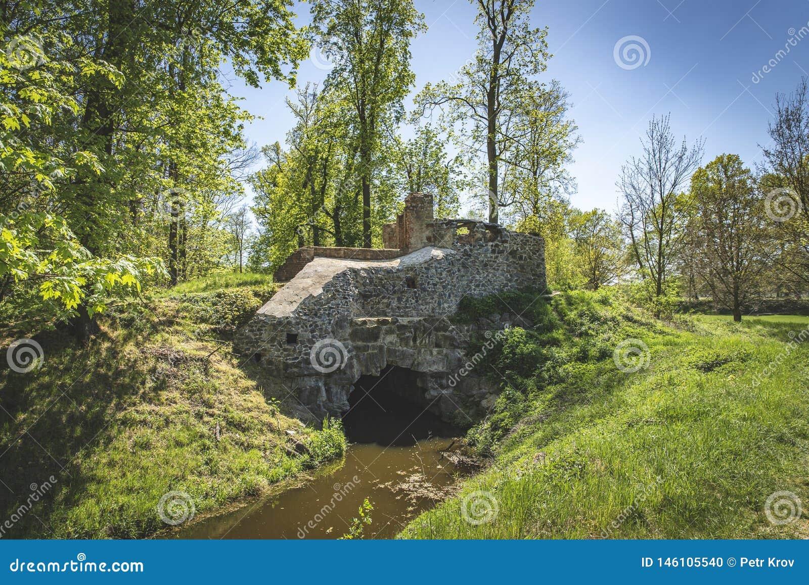 Ruinen Tschechischer Republik ?gyptischer Pavillon Vsestudy