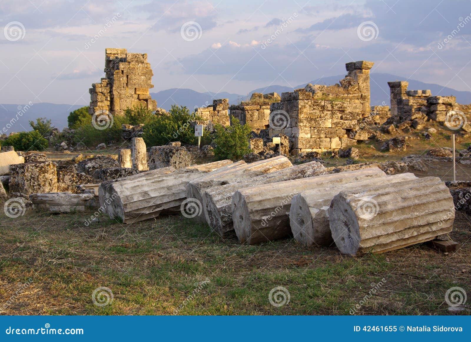 Ruinen von altem Hierapolis, Pamukkale Die Türkei