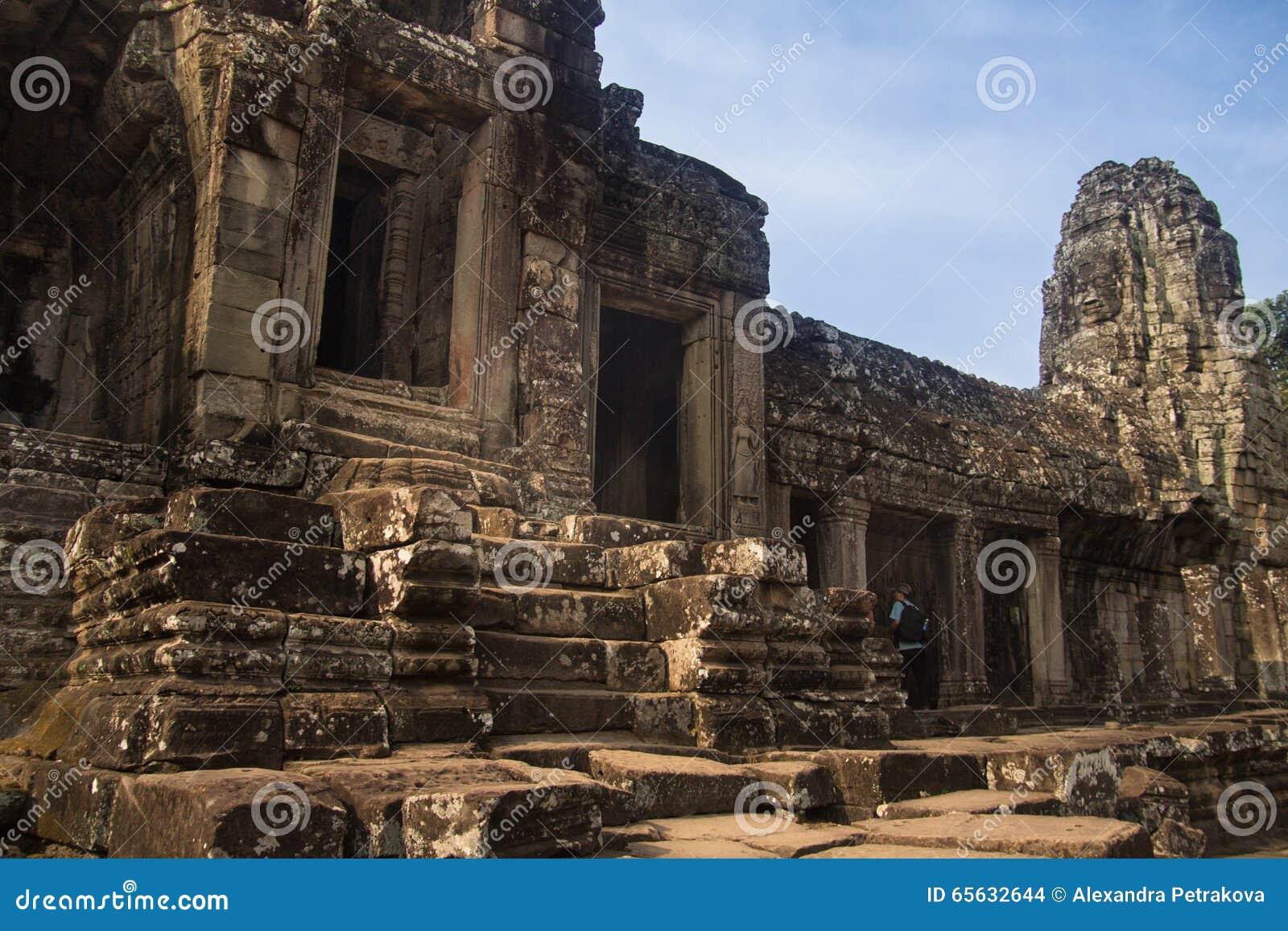 Ruines d Angkor Vat dans la jungle