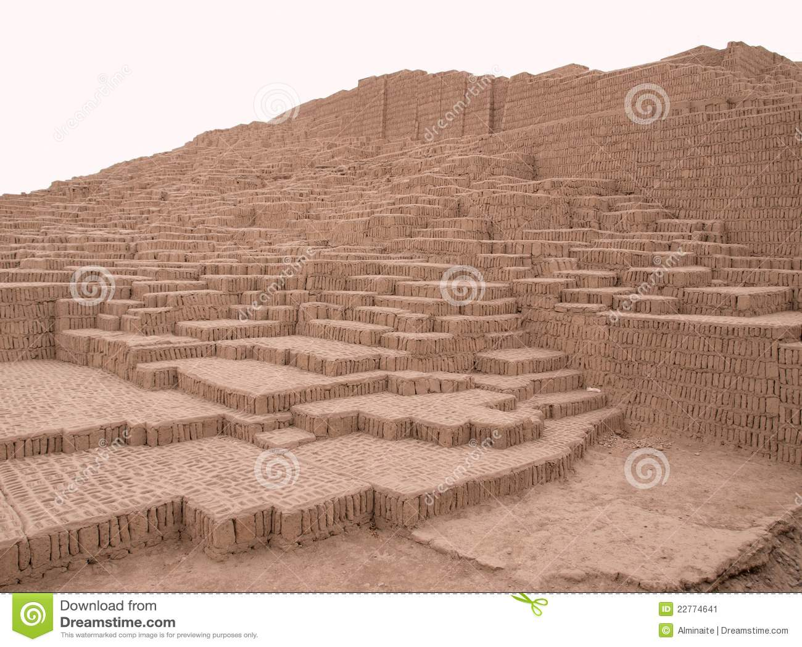 Ruines de pyramide à Lima, Pérou