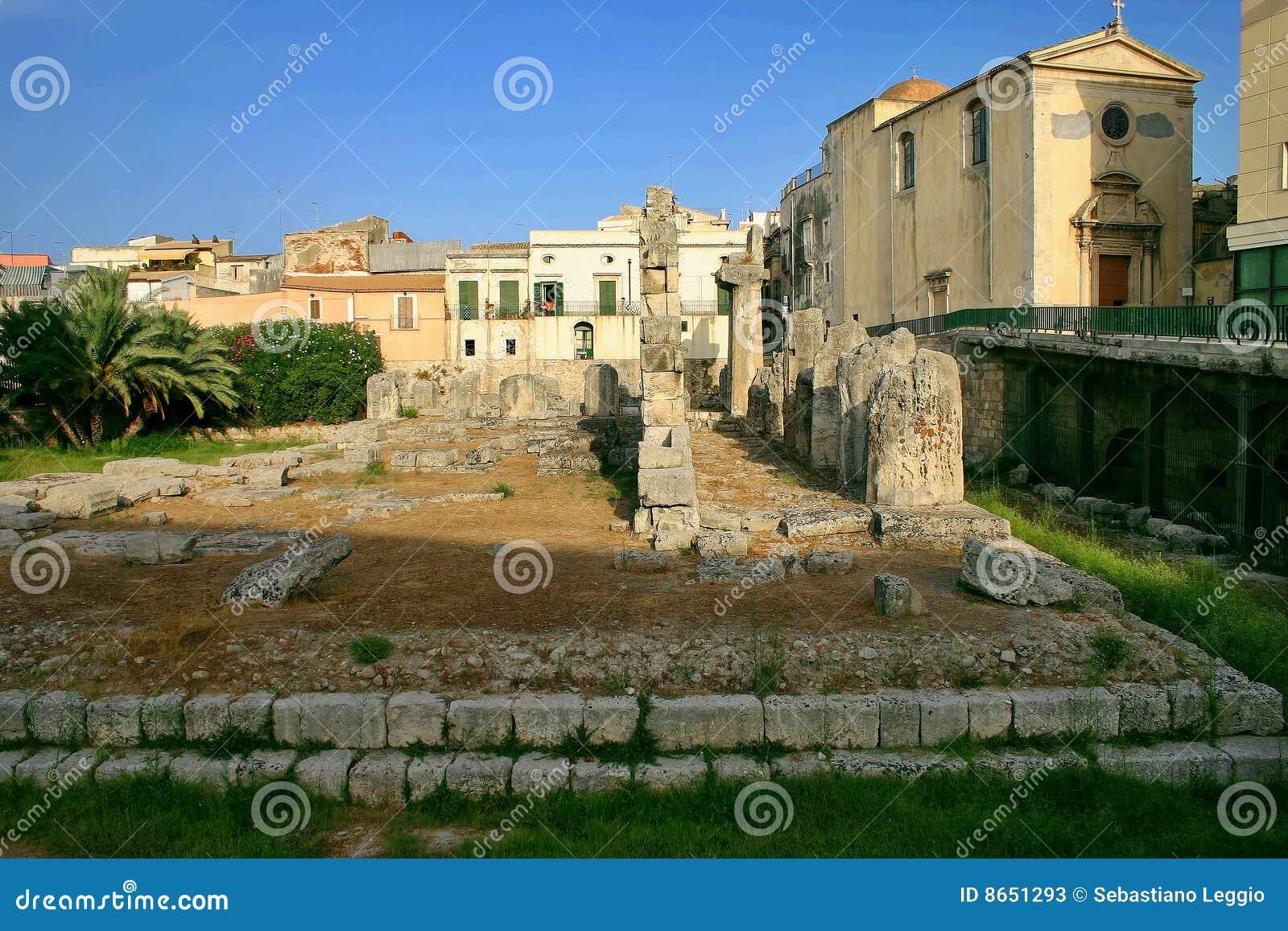 Ruines du temple d Apollo dans Siracusa