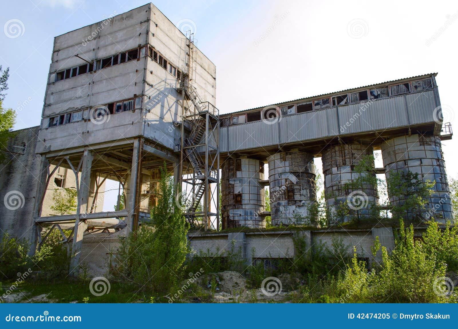 Ruinierte Ziegelsteinfabrik