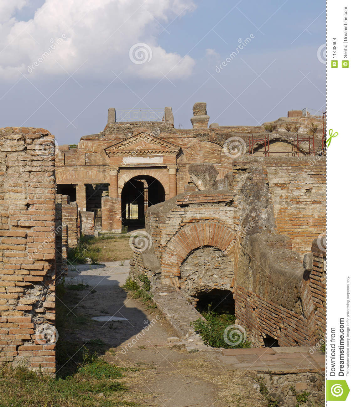 Ruins of ancient brick town stock images image 11438604 for Mr arredamenti ostia antica