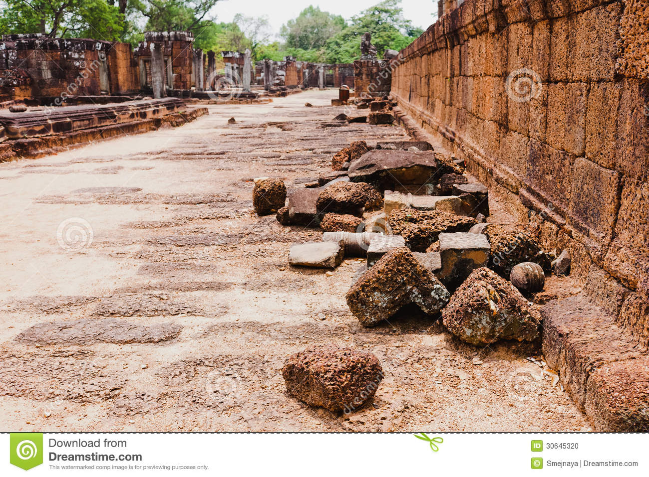 angkor and the khmer civilization pdf