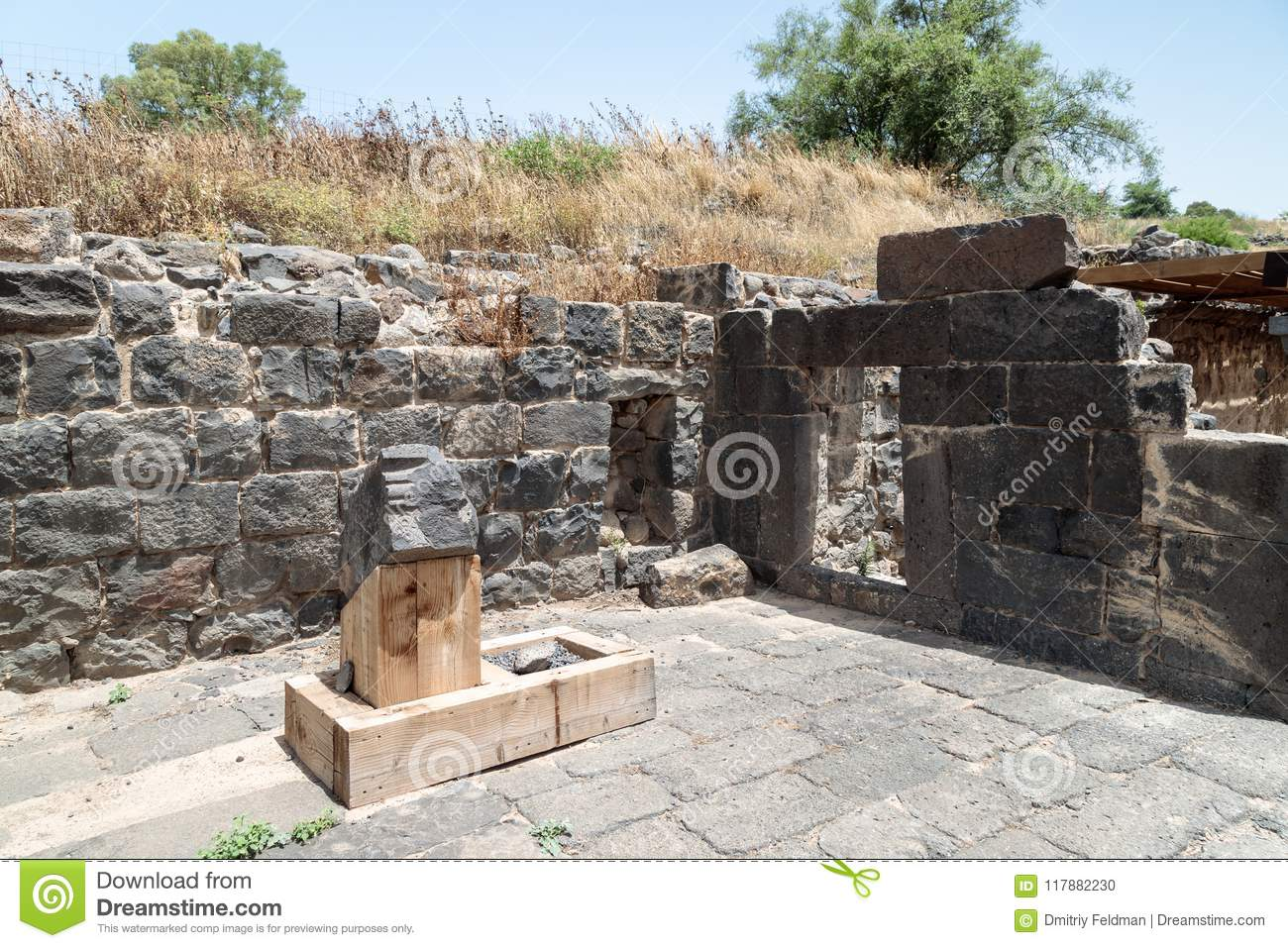 Ruins of the Dir Aziz Synagogue, built in the Byzantine period, at the beginning of the sixth century AD. It is located on the Gol