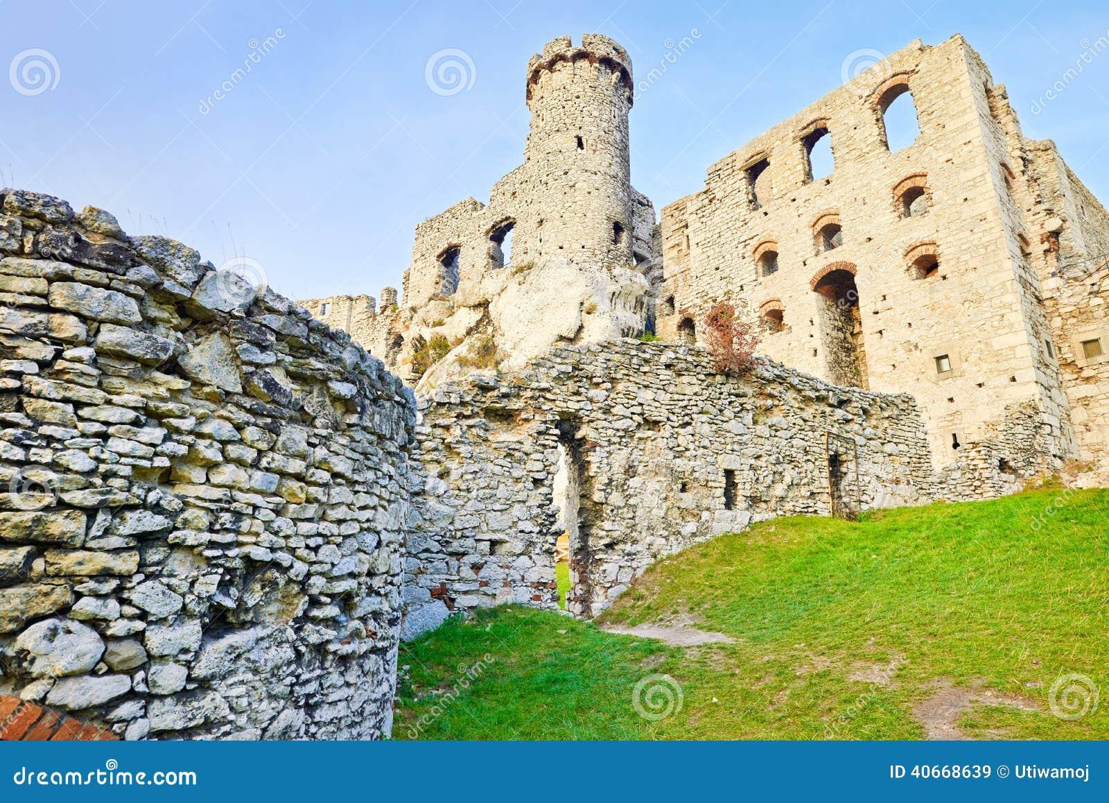 Old ruins Ogrodzieniec Castle Poland