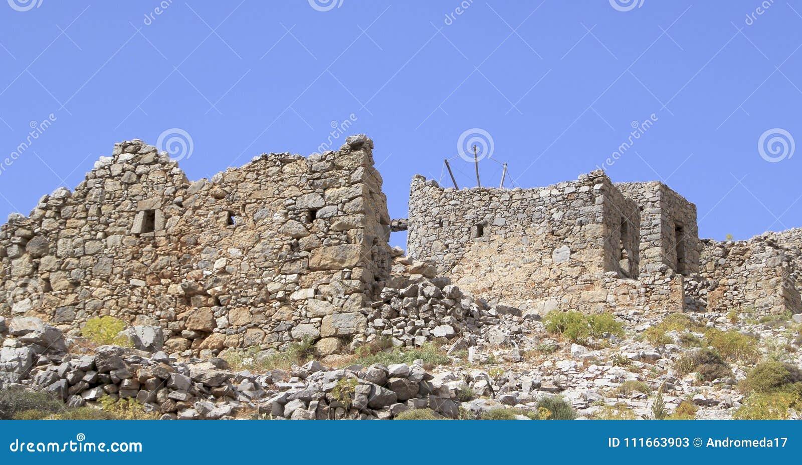 Ruiny antyczni Weneccy wiatraczki budowali w 15 wiek, Lassithi plateau, Crete, Grecja