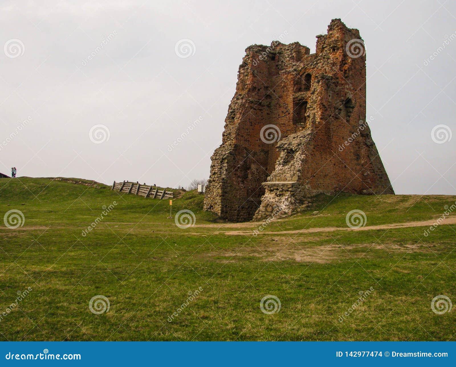 Ruiny antyczny feodalny kasztel